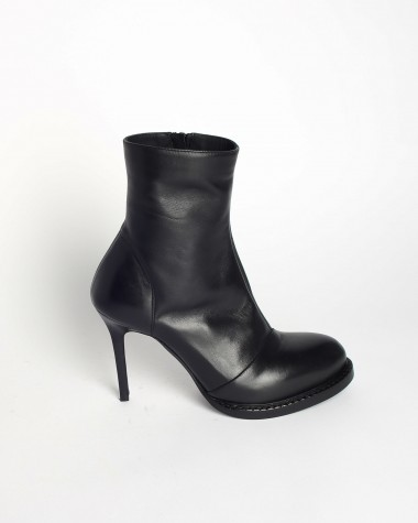 ANKLE BOOTS-ANN DEMEULEMEESTER